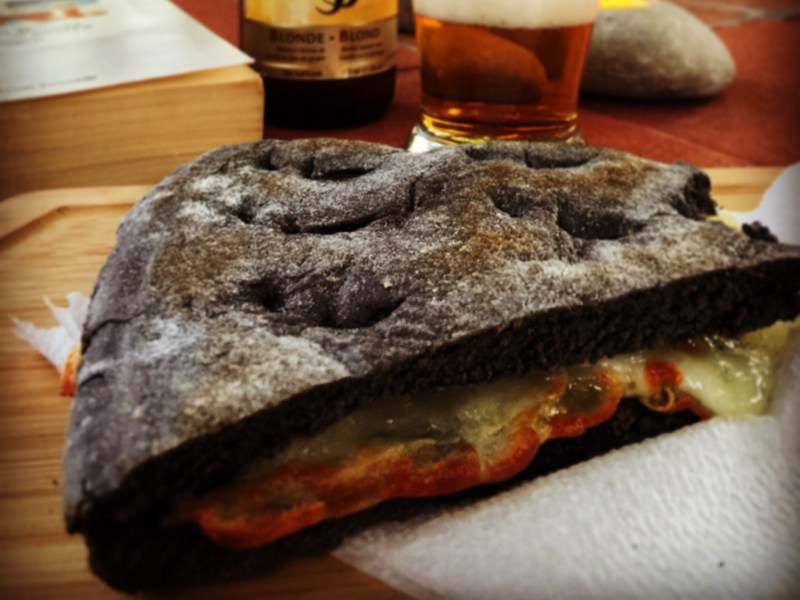 torta al testo nera